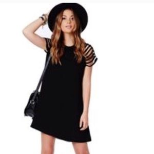 Dresses & Skirts - Black Cut Out Caged Sleeves Swing Skater Dress S